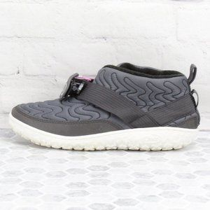 Chaco Ramble Quilted Sneakers Fleece Lined Boots